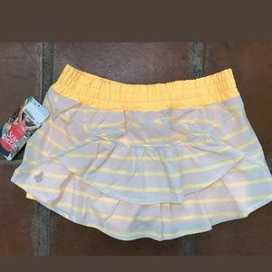 Run track attack skirt skort